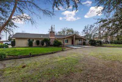 Single Family Home For Sale: 7235 E Tulare Avenue