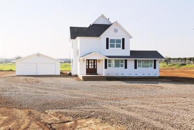 Reedley Single Family Home For Sale: 22975 E Adams Avenue