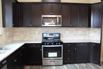 Madera Single Family Home For Sale: 306 Joya Drive