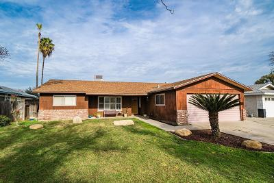 Hanford Single Family Home For Sale: 1124 Westwood Drive
