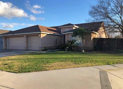 kingsburg Single Family Home For Sale: 200 Lake Street