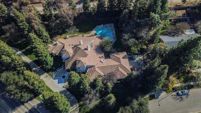 Single Family Home For Sale: 777 E Shepherd Avenue