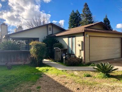 Kingsburg Single Family Home For Sale: 1031 12th Avenue