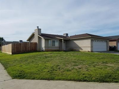 Madera Single Family Home For Sale: 1244 Carmen Avenue