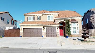 Friant Single Family Home For Sale: 21039 Lago Bello Lane