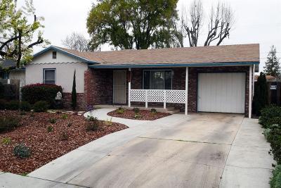 Fresno Single Family Home For Sale: 3235 Mayfair Drive N