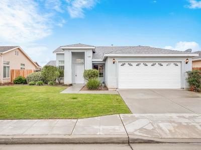 Clovis Single Family Home For Sale: 2638 Santa Ana Avenue