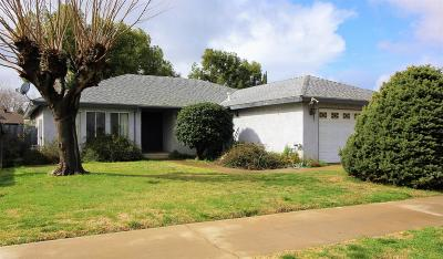 Madera Single Family Home For Sale: 2712 Sandlewood Drive