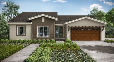 Fresno Single Family Home For Sale: 6319 E Fedora Avenue #88
