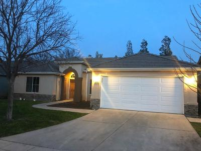 Single Family Home For Sale: 9098 N Winery Avenue