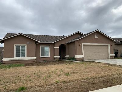 Dinuba Single Family Home For Sale: 1586 Dallas
