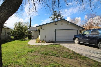 Kerman Single Family Home For Sale: 623 S 7th St