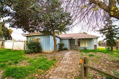 Reedley Single Family Home For Sale: 1590 N Columbia Avenue