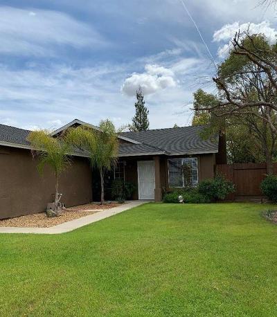 Selma Single Family Home For Sale: 2747 Peach Street
