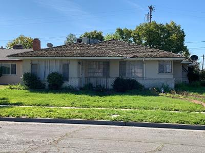 Single Family Home For Sale: 3744 N Millbrook Avenue