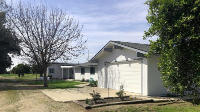 Sanger Single Family Home For Sale: 3557 N Indianola Avenue