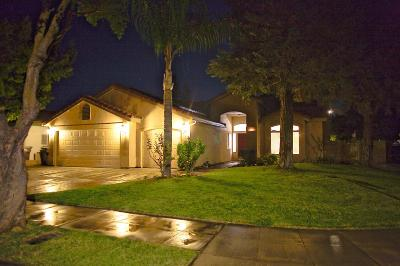 Madera Single Family Home For Sale: 625 Petite Avenue