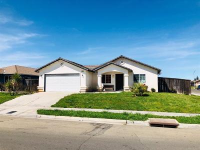 Madera Single Family Home For Sale: 1493 Lacreta Avenue