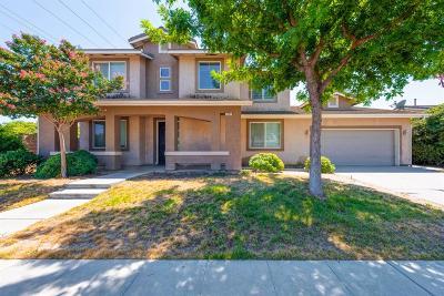 Fresno Single Family Home For Sale: 5784 E Byrd Avenue