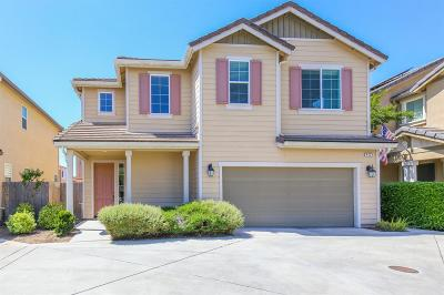 Condo/Townhouse For Sale: 4425 W Pinsapo Drive