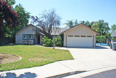 Clovis Single Family Home For Sale: 78 Joshua Avenue