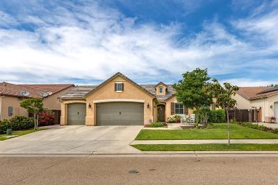 Clovis Single Family Home For Sale: 3223 Hampton Way