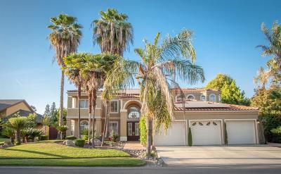 Visalia Single Family Home For Sale: 5718 W Elowin Drive
