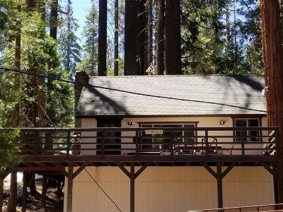 Shaver Lake Single Family Home For Sale: 41918 Nuthatch Lane