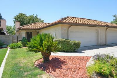 Madera Condo/Townhouse For Sale: 114 Prince Lane