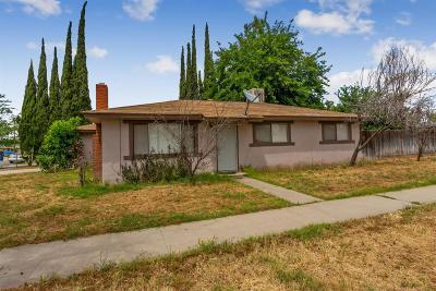 Fresno Single Family Home For Sale: 5839 E Andrews Avenue