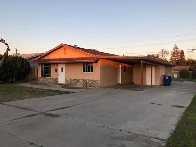 Kingsburg CA Single Family Home For Sale: $215,900