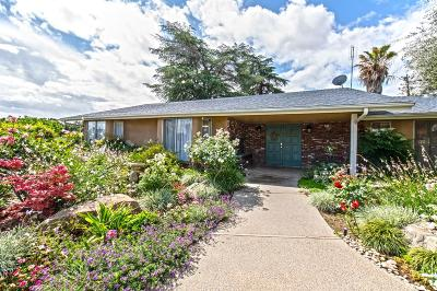 Clovis Single Family Home For Sale: 1926 Nees Avenue