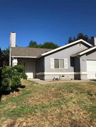 Fresno Single Family Home For Sale: 9613 N Sharon Avenue