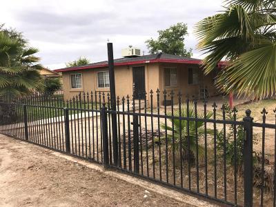 Sanger Single Family Home For Sale: 2415 S Lewis Lane