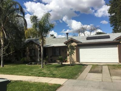 Single Family Home For Sale: 3129 E Pine Avenue