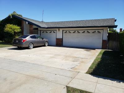 Clovis, Fresno, Sanger Multi Family Home For Sale: 2045 W Simpson Avenue