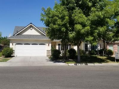Kerman Single Family Home For Sale: 761 S Almond Avenue