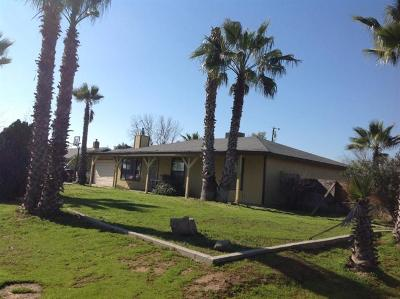 Madera Single Family Home For Sale: 17278 El Paso