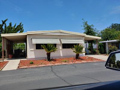 Reedley Mobile/Manufactured For Sale: 1300 W Olson Avenue #95