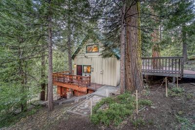 Shaver Lake Single Family Home For Sale: 41975 Hemlock Lane