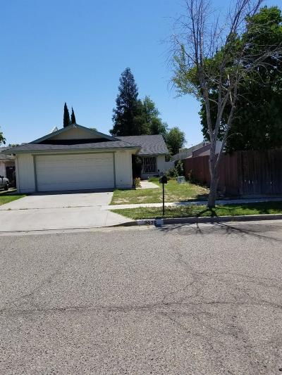 Single Family Home For Sale: 2026 N Garden Avenue