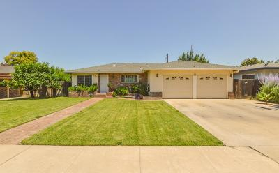 Reedley Single Family Home For Sale: 224 W Ponderosa Avenue