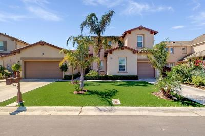 Clovis Single Family Home For Sale: 10699 E Landmark Way