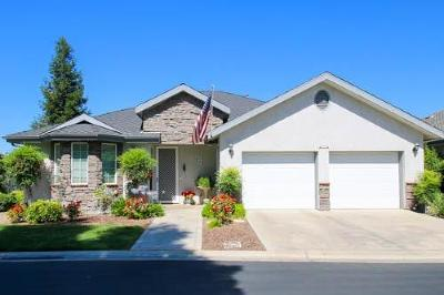 Reedley Single Family Home For Sale: 1967 N Cambridge Circle
