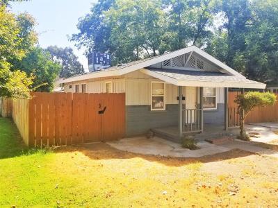 Single Family Home For Sale: 1346 N Safford Avenue