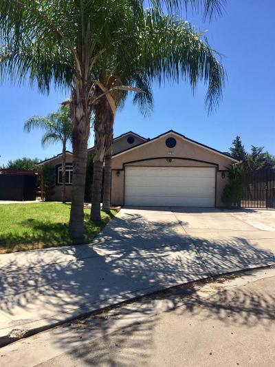 Sanger Single Family Home For Sale: 1752 Hume Drive