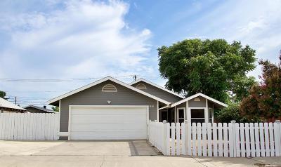 Clovis Single Family Home For Sale: 1636 5th Street
