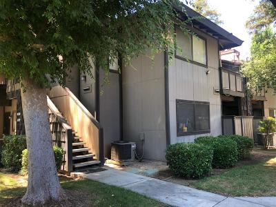 Fresno Condo/Townhouse For Sale: 1190 S Winery Avenue #256