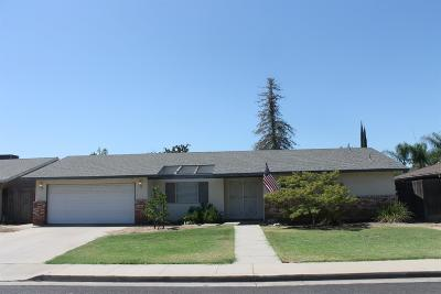 Dinuba Single Family Home For Sale: 596 E Bel Aire