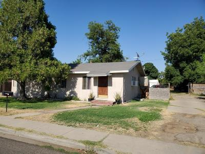 Reedley Single Family Home For Sale: 216 S Sunset Avenue